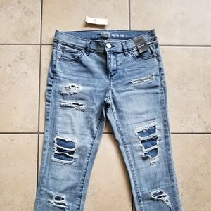 New York & Co Distressed Cropped Jeans Size 4